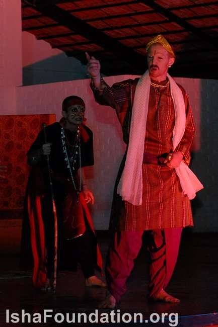 the theme of fair is foul and foul is fair in shakespeares macbeth All that is good, fair, to others is evil, foul, to them, and vice versa  the theme of macbeth is macbeth the third murderer macbeth, duncan and shakespeare.