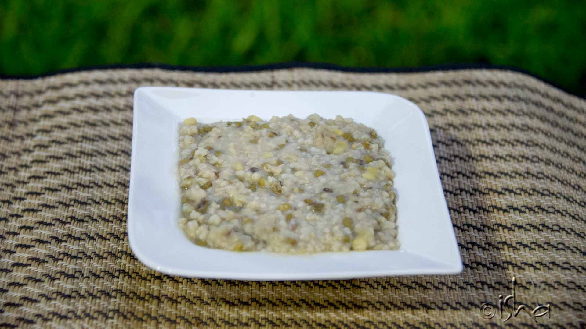Brown Rice Moong Dal Kanji