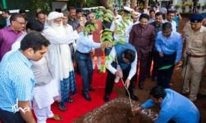 Sadhguru planting