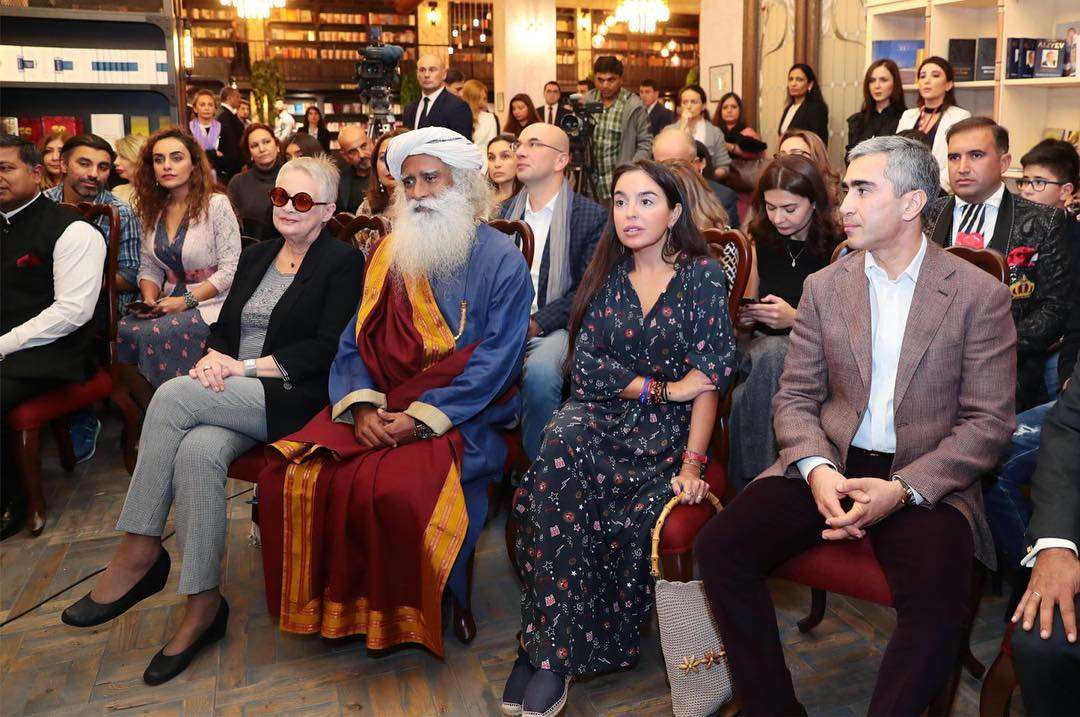 Sadhguru at the Baku Book Center